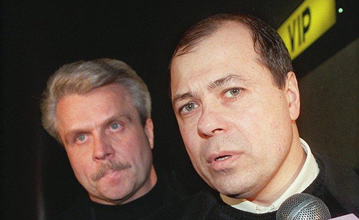 В 1998 году в Швейцарии проходил громкий судебный процесс, за которым наблюдали во всем мире, вспоминает NZZ. Перед судом предстал человек, которого считали крестным отцом солнцевской преступной группировки в России. Но обвинение провалилось почти по всем пунктам.